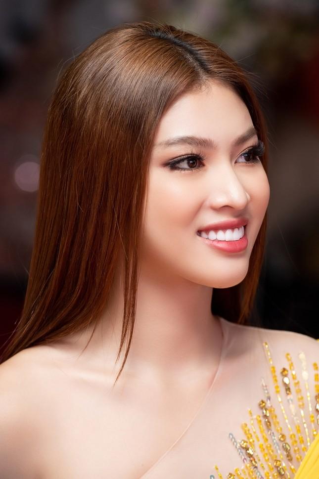Á hậu Ngọc Thảo khoe trình catwalk đỉnh, sẵn sàng chinh chiến tại Miss Grand International ảnh 3