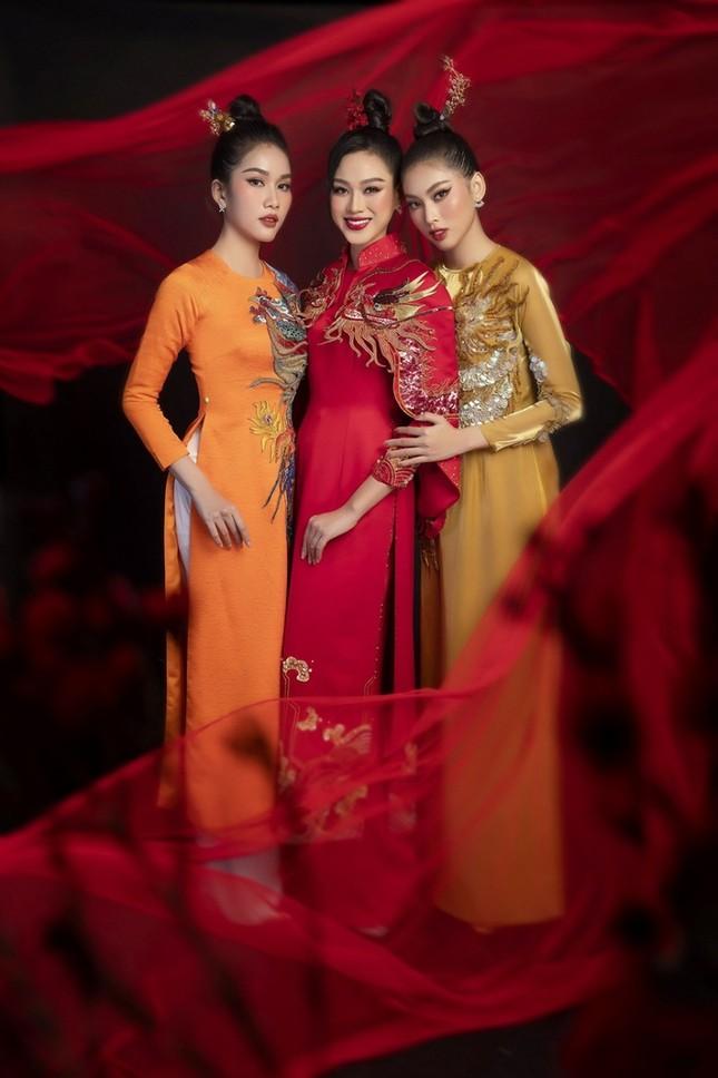 Dàn mỹ nhân Việt gợi ý cách diện áo dài Tết cực xinh để có những bức ảnh nghìn like ảnh 2