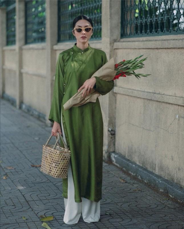 Dàn mỹ nhân Việt gợi ý cách diện áo dài Tết cực xinh để có những bức ảnh nghìn like ảnh 4