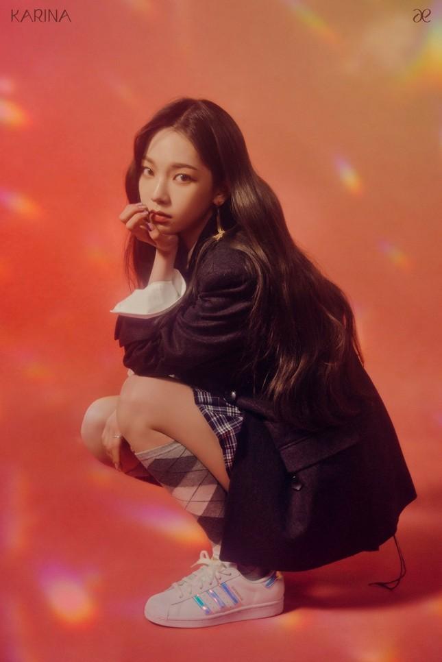 """aespa tung ảnh nhá hàng single album """"Forever"""", netizen chê stylist hết lời vì nhóm trông quá tẻ nhạt ảnh 2"""