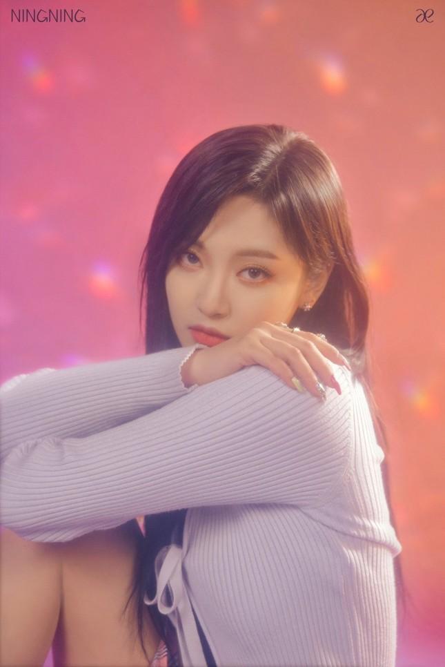 """aespa tung ảnh nhá hàng single album """"Forever"""", netizen chê stylist hết lời vì nhóm trông quá tẻ nhạt ảnh 3"""