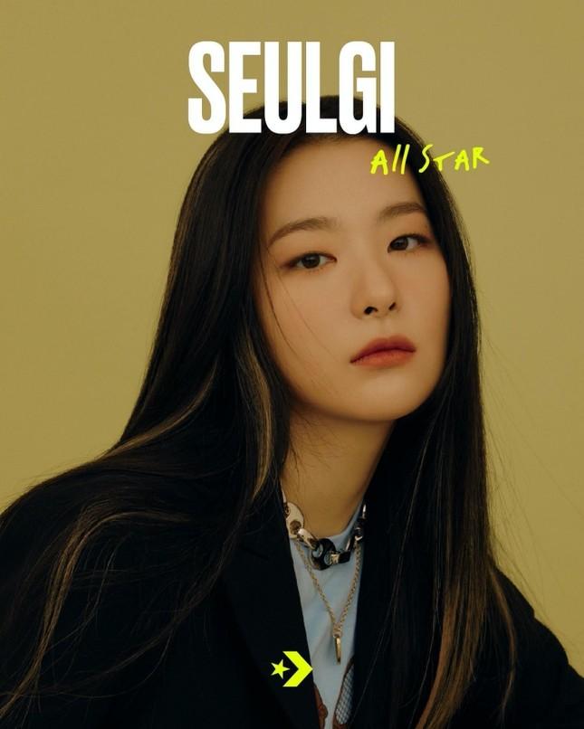 Seulgi (Red Velvet) siêu ngầu trong loạt ảnh quảng cáo cho mẫu giày mới của Converse All Star ảnh 1