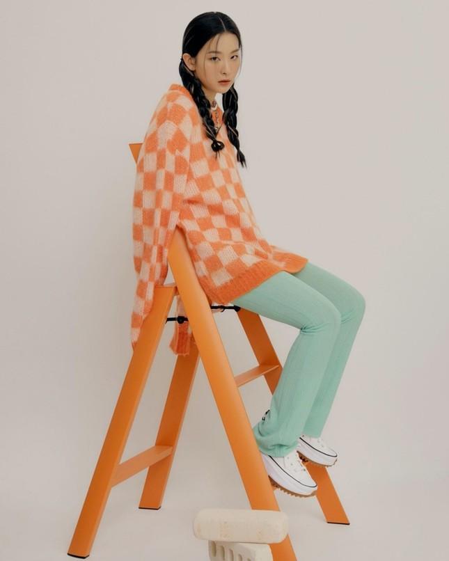 Seulgi (Red Velvet) siêu ngầu trong loạt ảnh quảng cáo cho mẫu giày mới của Converse All Star ảnh 5