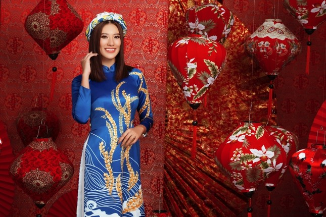 Ngắm dàn người đẹp Hoa hậu Hoàn vũ khoe sắc rạng ngời trong bộ ảnh Tết Tân Sửu ảnh 4
