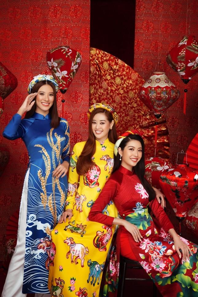 Ngắm dàn người đẹp Hoa hậu Hoàn vũ khoe sắc rạng ngời trong bộ ảnh Tết Tân Sửu ảnh 7