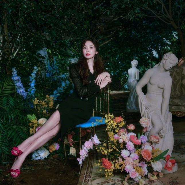 Song Hye Kyo gầy đi trông thấy trong bộ ảnh thời trang mới, liệu nhan sắc có giảm sút theo? ảnh 4