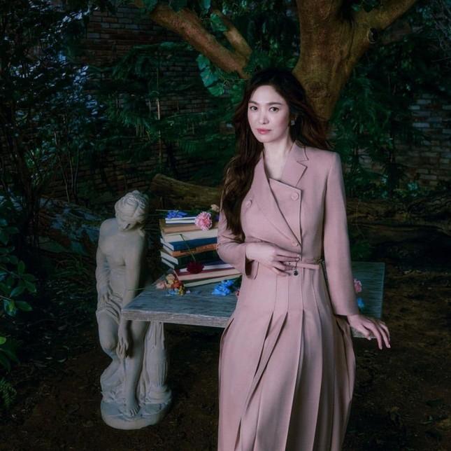 Song Hye Kyo gầy đi trông thấy trong bộ ảnh thời trang mới, liệu nhan sắc có giảm sút theo? ảnh 3