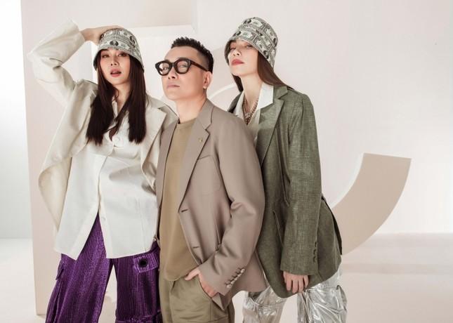 Đầu năm mới, Thanh Hằng và Hà Hồ tung bộ ảnh đậm chất high-fashion, mãn nhãn từ cái nhìn đầu tiên! ảnh 9