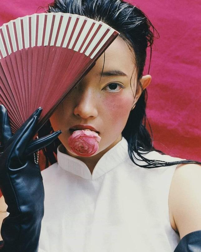 Mỹ nhân tuổi Sửu: Những bức ảnh vạn người mê trên mạng xã hội của Châu Bùi ảnh 9