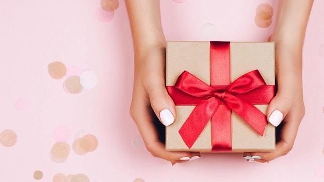 """Những món quà giúp bạn """"lấy lòng"""" 12 cung Hoàng đạo nhanh nhất ảnh 1"""