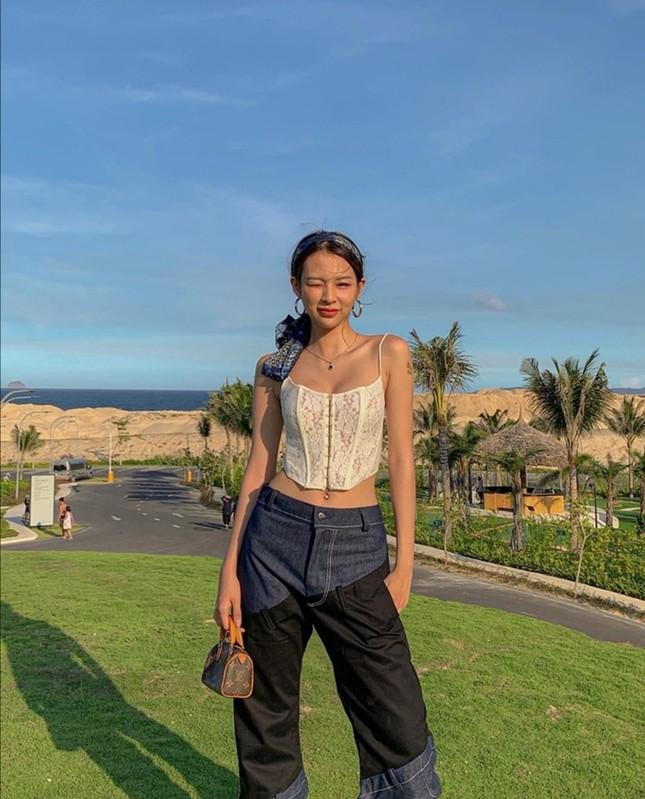 """Mỹ nhân tuổi Sửu: Trước khi """"cầm míc thành ca sĩ"""", Phí Phương Anh là một fashionista cực đỉnh! ảnh 4"""