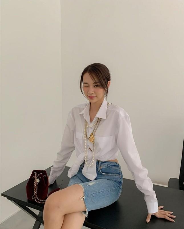 """Mỹ nhân tuổi Sửu: Trước khi """"cầm míc thành ca sĩ"""", Phí Phương Anh là một fashionista cực đỉnh! ảnh 7"""