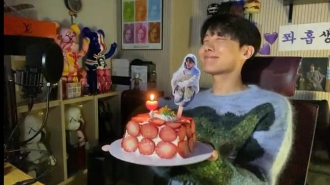 Đỉnh như fanbase của j-hope (BTS), xây hẳn bệnh viện để mừng sinh nhật idol ảnh 8
