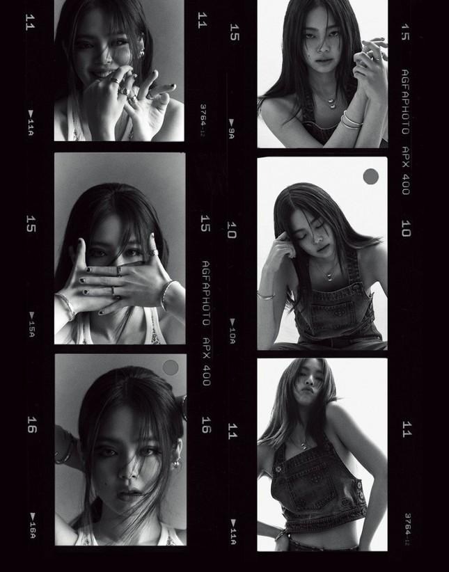 """Jennie (BLACKPINK) """"chuyển nghề"""" làm biên tập viên thời trang, tự sản xuất bộ ảnh cho chính mình? ảnh 8"""