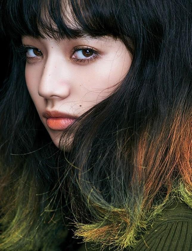 Nữ diễn viên Nhật mang vẻ đẹp tổng hợp của Lisa (BLACKPINK) và Suzy gây bão mạng xã hội ảnh 5