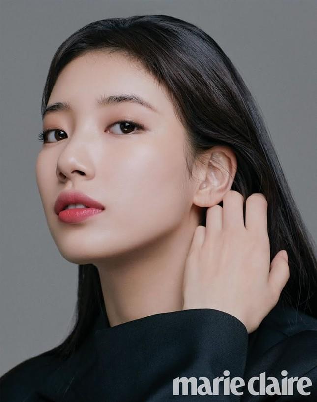 Nữ diễn viên Nhật mang vẻ đẹp tổng hợp của Lisa (BLACKPINK) và Suzy gây bão mạng xã hội ảnh 1