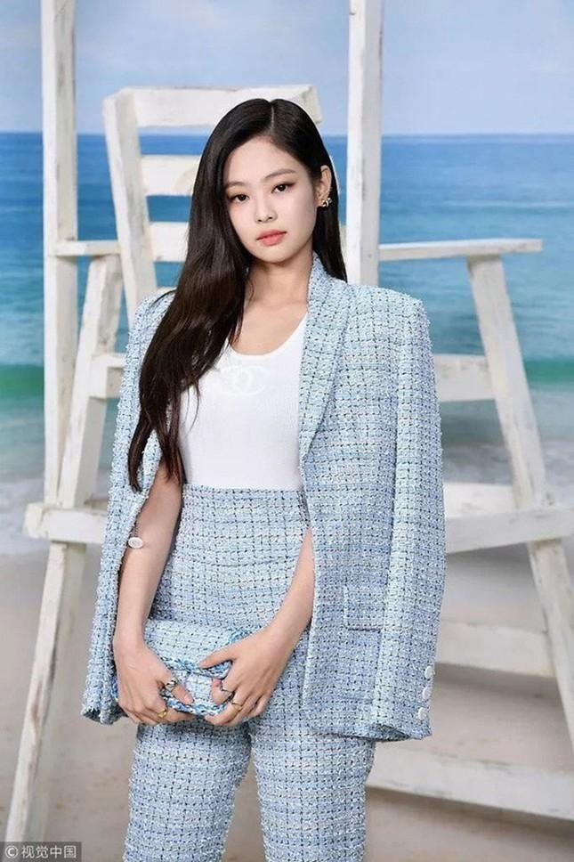 """G-Dragon - Jennie vừa lộ tin hẹn hò, fan đã nhanh tay làm """"thầy bói"""": Tử vi bảo hợp nhưng Horoscope lại bảo không ảnh 4"""