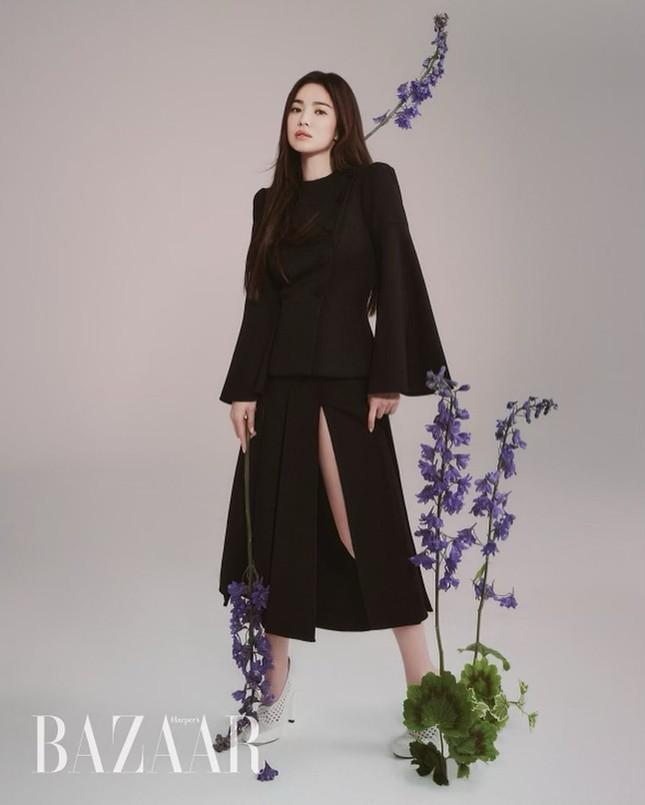 """Song Hye Kyo đăng ảnh quảng cáo sương sương nhưng thần thái chuẩn """"nữ thần"""" ảnh 6"""