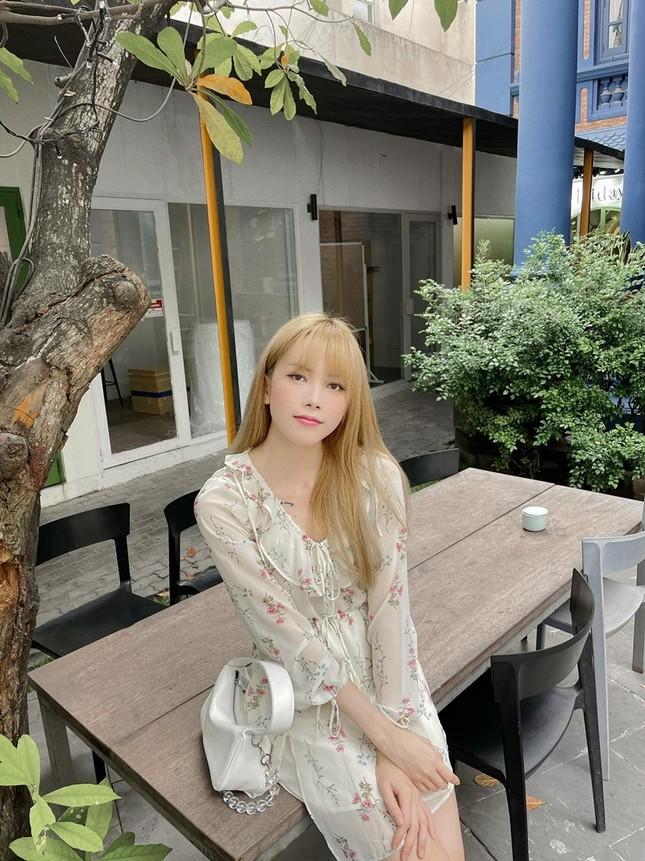 """Đổi style """"bánh bèo"""" nhưng không hề yếu đuối, netizen khen """"Thiều Bảo Trâm đẹp nhất khi không thuộc về ai"""" ảnh 2"""