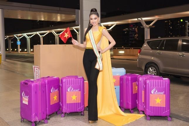 Á hậu Ngọc Thảo mang gần 150kg hành lý, mặc đồ bảo hộ lên đường dự thi Miss Grand International ảnh 6