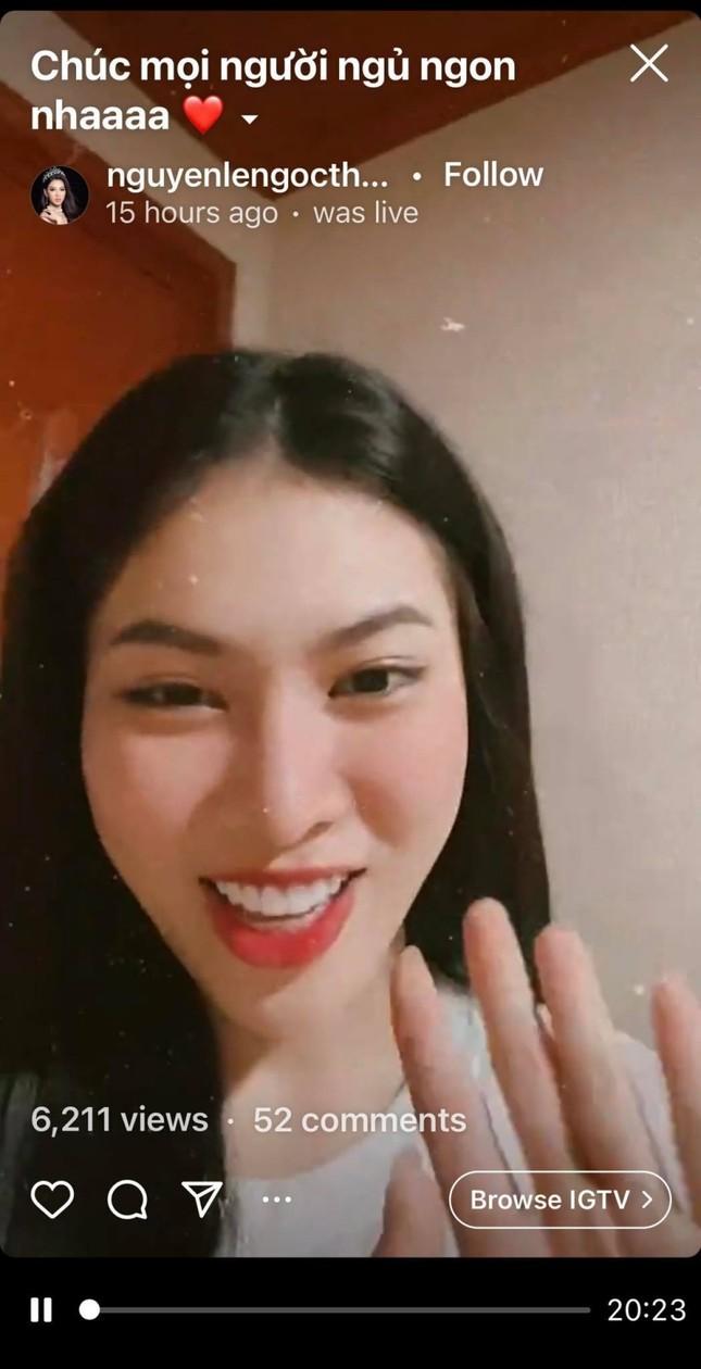 Á hậu Ngọc Thảo diện váy khoe chân dài miên man, netizen thắc mắc ai là người chụp ảnh? ảnh 6