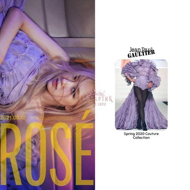 """Nửa đêm YG tung poster thông báo ngày Rosé chính thức solo, netizen kêu """"vẹo cả cổ"""" ảnh 3"""