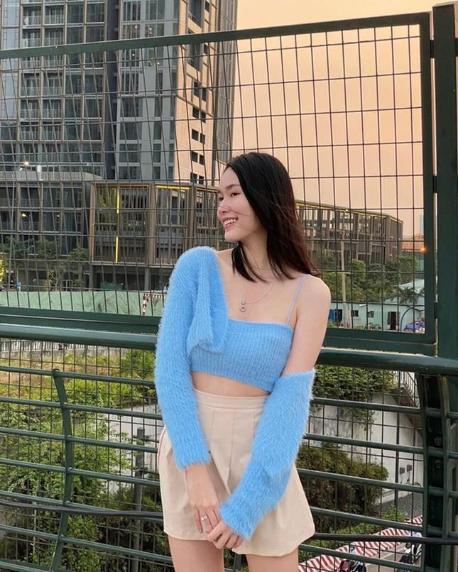 Kiểu áo này có gì đặc biệt mà Á hậu Phương Anh, Ngọc Trinh, Chi Pu đều thích mê? ảnh 4