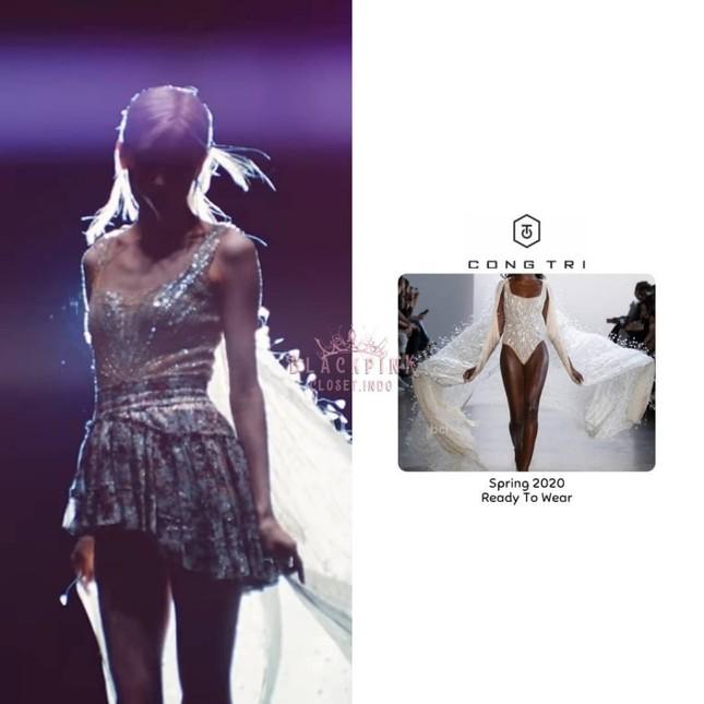 """""""Bóc giá"""" loạt váy của Rosé trong MV """"On The Ground"""", trang phục đắt giá nhất cực bất ngờ ảnh 3"""