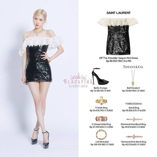 Làm đại sứ thương hiệu có tâm như Rosé, đã mặc đồ của hãng là xinh đẹp lộng lẫy ảnh 2