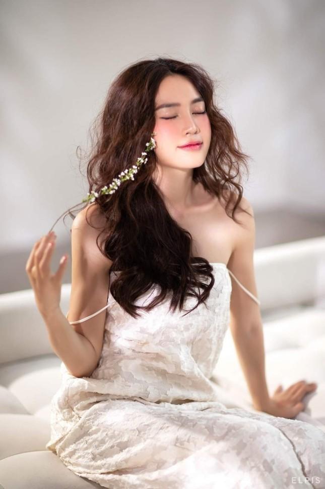 Kaity Nguyễn, Nhã Phương, Ninh Dương Lan Ngọc lăng xê set trang phục đi biển sang chảnh ảnh 8
