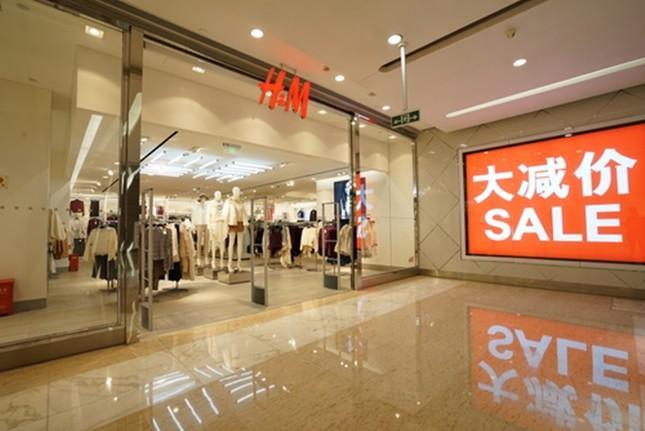 Lý do H&M và nhiều thương hiệu lớn bị tẩy chay ở Trung Quốc, các đại sứ đòi ngừng hợp tác? ảnh 3