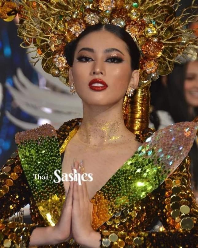 Màn trình diễn quốc phục với thần thái đỉnh cao của Ngọc Thảo tại Miss Grand International ảnh 4