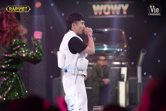 Rap Việt: Karik và Binz khó xử khi phải chứng kiến học trò cũ đối đầu với học trò mới ảnh 3