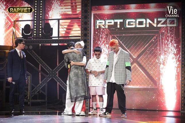 Rap Việt: Ricky Star đi đường quyền vào Chung kết, Tlinh - Lăng LD được Nón Vàng giải cứu ảnh 1