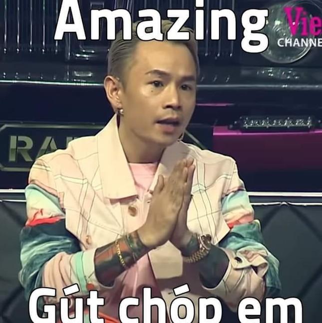 """Sau """"Rap Việt"""", Binz không chỉ có một pose mà còn """"bão"""" trend chỉ bằng một câu ảnh 2"""