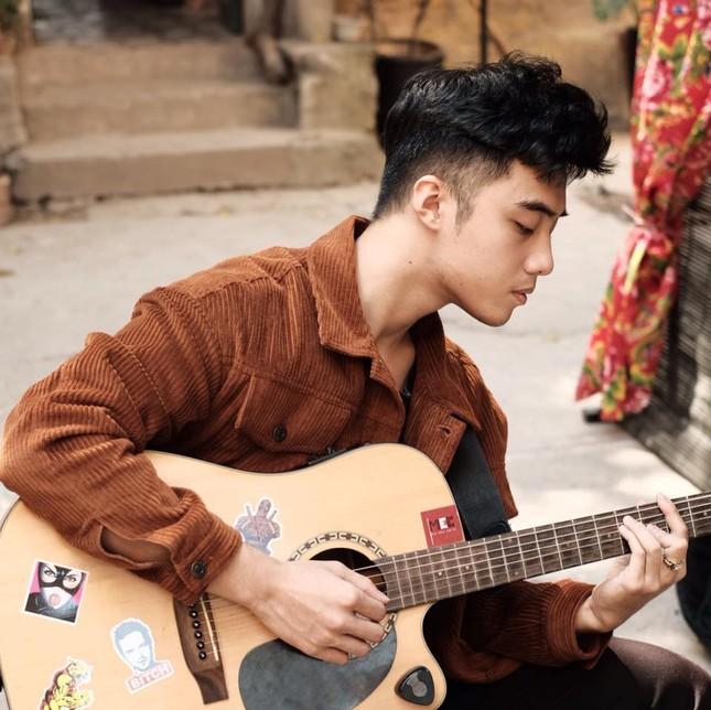 """Loạt hot TikTok """"đổ bộ"""" showbiz: Tun Phạm, Hải Đăng Doo, Long Chun - ai tiềm năng nhất? ảnh 6"""