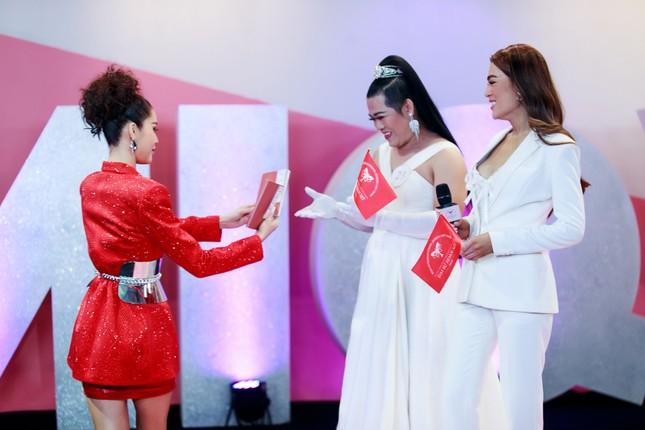 """Bật cười với chiêu dụ thí sinh của """"Siêu mẫu Indonesia gốc Việt"""" trong Đại Sứ Hoàn Mỹ ảnh 3"""