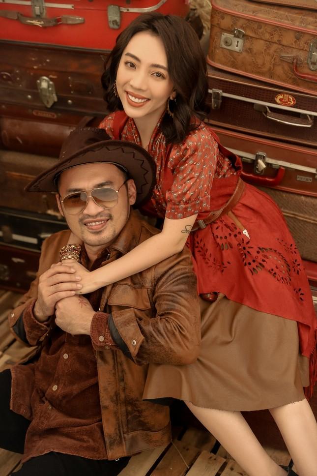 Thu Trang, Nhã Phương, Lâm Vỹ Dạ - hội nữ chủ tịch đa năng của showbiz Việt ảnh 3
