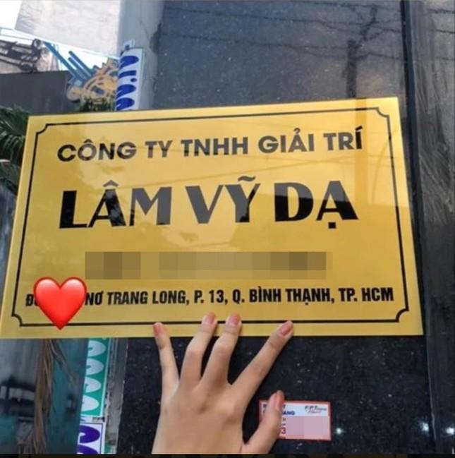 Thu Trang, Nhã Phương, Lâm Vỹ Dạ - hội nữ chủ tịch đa năng của showbiz Việt ảnh 8