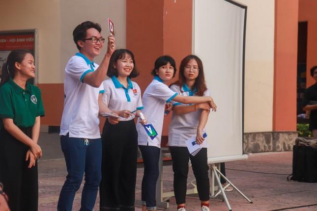 Sinh viên Nhân văn hào hứng tham gia chuỗi hoạt động kỷ niệm 90 năm thành lập Đoàn ảnh 2