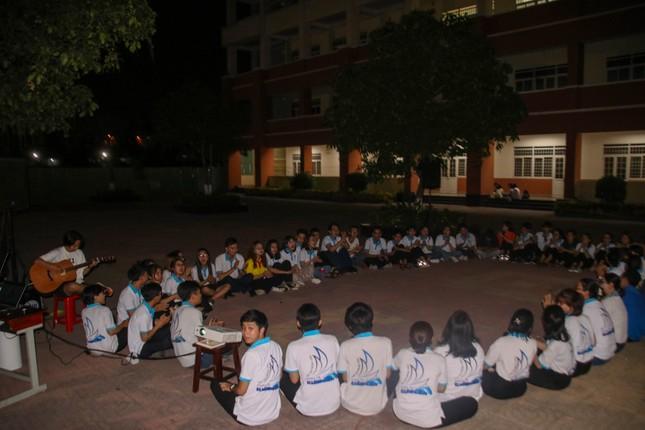 Sinh viên Nhân văn hào hứng tham gia chuỗi hoạt động kỷ niệm 90 năm thành lập Đoàn ảnh 3