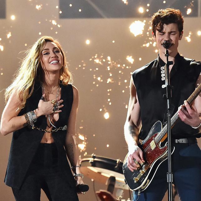 Dua Lipa suýt nữa bỏ lỡ một bản hit nếu Miley Cyrus chọn hợp tác với Shawn Mendes ảnh 2