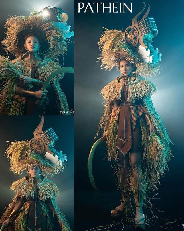 Trang phục dân tộc Hoa hậu Hoàn vũ Myanmar 2020 gây sốt, có bộ bắt chước Việt Nam? ảnh 6