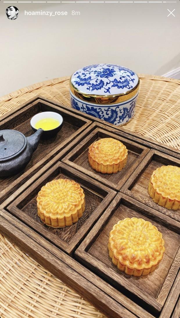 """Hòa Minzy tự tay vào bếp làm bánh Trung Thu và phản ứng """"lầy lội"""" của bạn trai ảnh 5"""