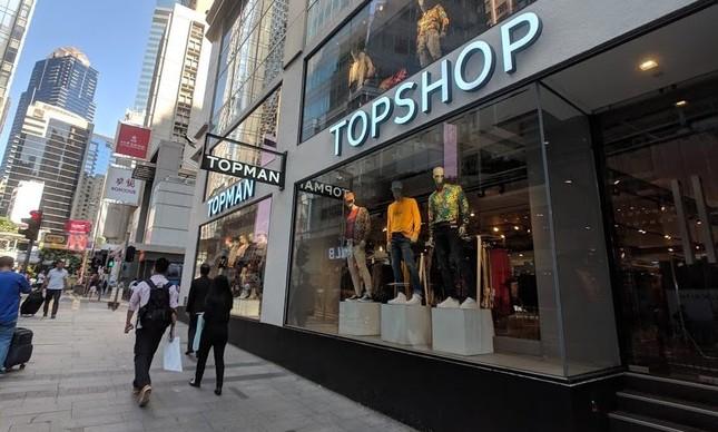 Hồng Kông suy thoái kinh tế trầm trọng, nhiều thương hiệu thời trang phải đóng cửa ảnh 2