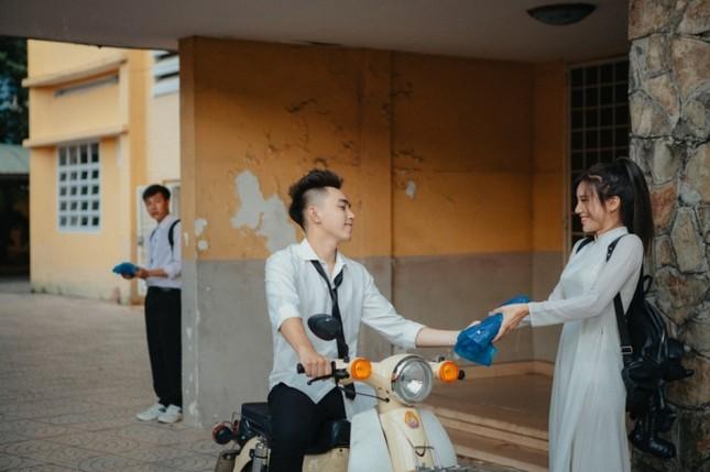 Trung Quân Idol, Lou Hoàng, cặp đôi Cara - Noway kể chuyện thanh xuân vườn trường ảnh 9