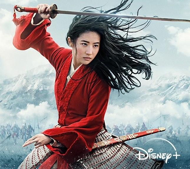 """Mulan - """"Bom tấn"""" live-action gây thất vọng, Lưu Diệc Phi không có khí chất của con nhà võ ảnh 2"""