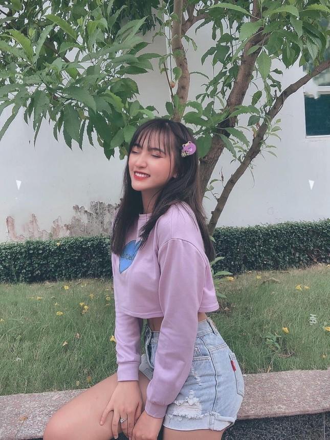 Thí sinh Hoa Hậu Việt Nam gây ấn tượng vì mái tóc như idol Hàn, thần thái hao hao Châu Bùi ảnh 8