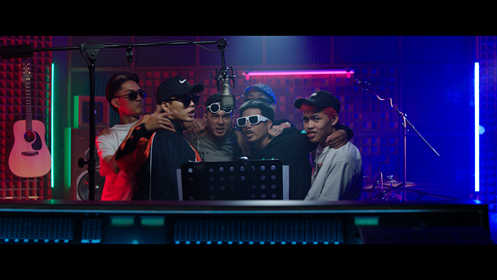 """Rap Việt: Team Wowy khiến fan phát sốt khi cover bài hát """"Chạy"""" của """"sư phụ"""" Wowy ảnh 4"""