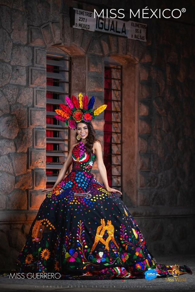 Choáng ngợp trước trang phục truyền thống lộng lẫy của các thí sinh Hoa hậu Mexico 2020 ảnh 6